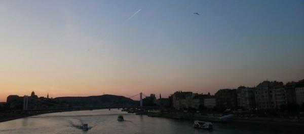 Мост Елизаветы (Эржебет) на закате